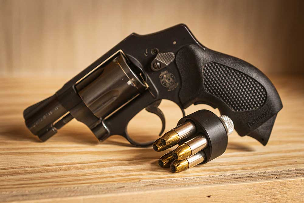 HKS Speedloader – How to Keep Your Wheelgun Fed • AmmoLand.com